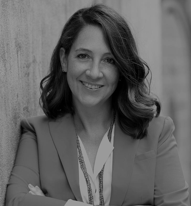 Dña. Elena Rodríguez